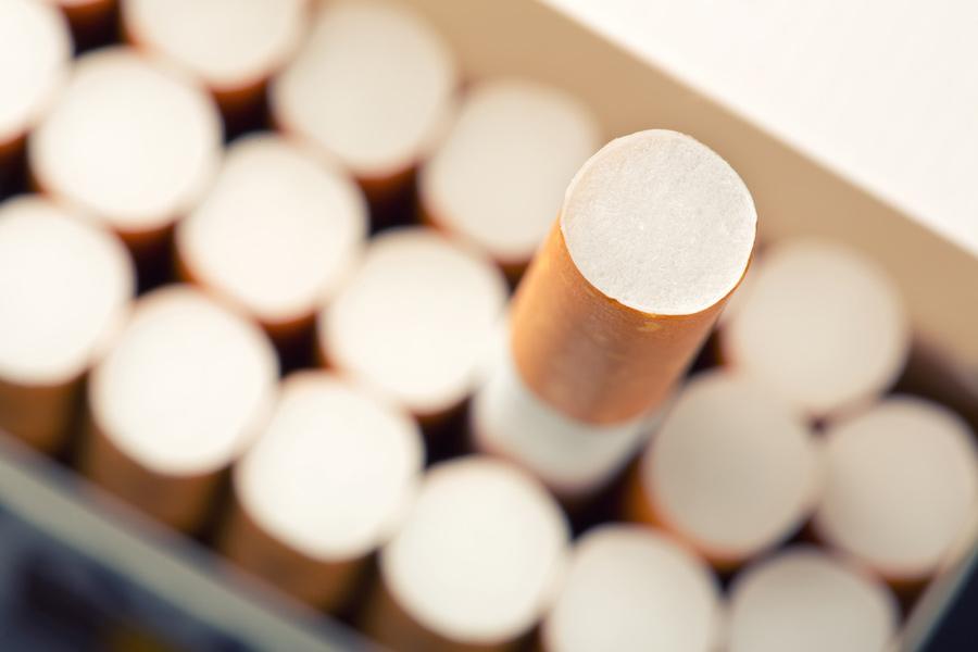 Fumer de la marijuana : Sur la place publique, comme la cigarette